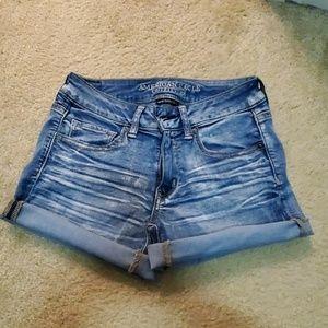 NWOT Women's American Eagle Midi Jean Shorts